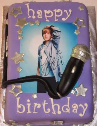 Justin Bieber Cakes at WalMart http://www.middletondress.com/five-most-notable-justin-bieber-birthday-cakes/