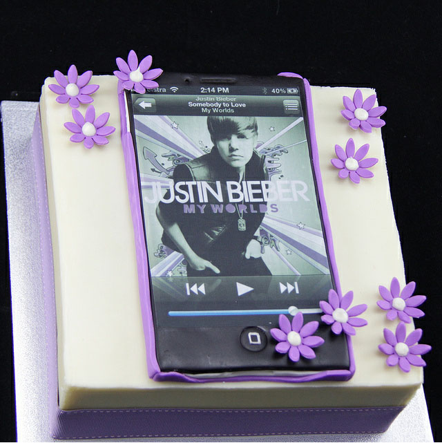 Justin Bieber Cakes at WalMart http://www.middletondress.com/justin-bieber-iphone-birthday-cake/
