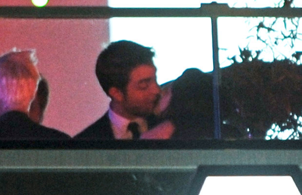 Kristen Stewart and Robert Pattinson kiss